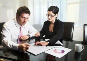 Может ли юрист быть менеджером