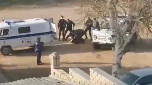 Статья по избиению человека полицейскими